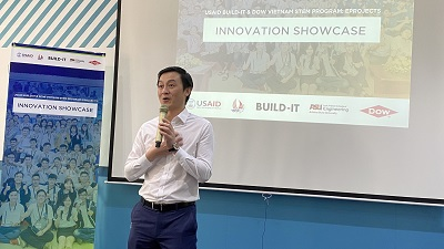 Ekkasit Lakkananithiphan - General Director of Dow Vietnam is delivering remarks at the Innovation Showcase